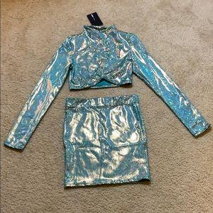 Shining star holographic skirt set.